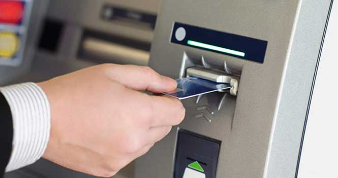 رمز کارت اعتباری را خودتان وارد کنید؛ مراقب کلاهبرداری اسکیمر باشید