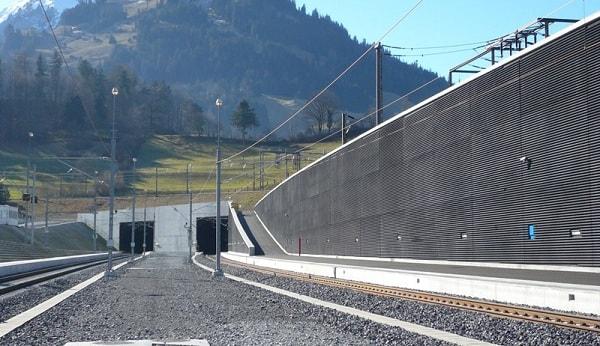 تونل بیس لچبرگ (LBT)، یکی از بزرگترین تونل های ریلی جهان است