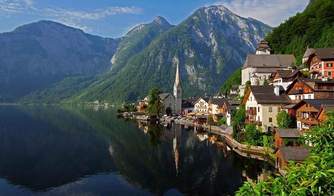 اتریش یکی از ثروتمندترین کشورهای اروپا است.