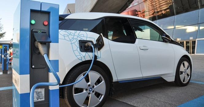 تبدیل خودروی بنزینی به خودروی برقی توسط محققان ایرانی
