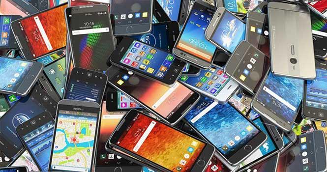 رفع توقیف گوشی های گمرک