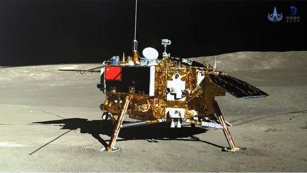 کاوشگر چانگ 4 چین نخستین ماهنوردی است که نیمه تاریک ماه را که از زمین غیر قابل دیدن است، کاوش میکند