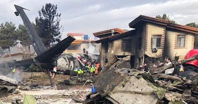 سقوط هواپیمای 707 در کرج ؛ هواپیمای بوئینگ باری متعلق به ارتش بوده است