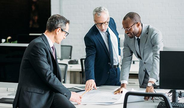 مشاور حقوقی یکی از پردرآمدترین شغل های جهان در سال 2019 میلادی است