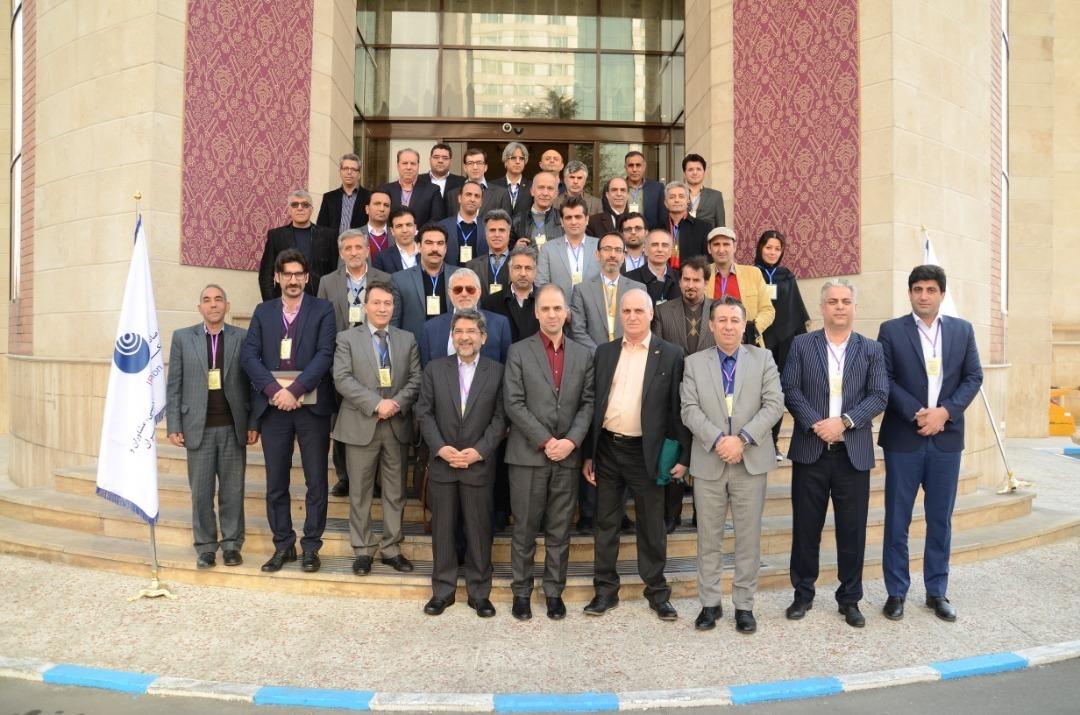 در پایان این گردهمایی بزرگ عکس یادگاری با حضور اعضای اتحادیه و سایر مدیران حوزه ICT حاضر در نشست گرفته شد.
