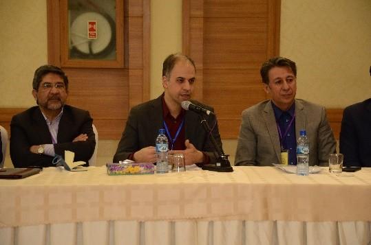 دکتر آهویی، مشاور وزیر ارتباطات و مدیر کل امور بین الملل وزارت ارتباطات و فناوری اطلاعات