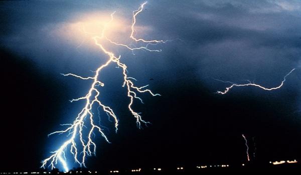 برق یا الکتریسیته چیست