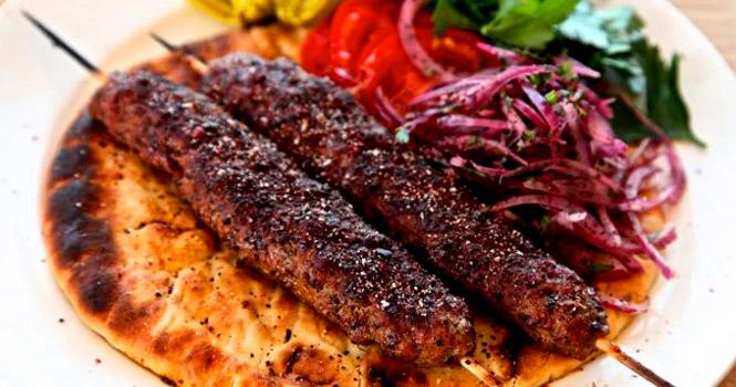 آشنایی با محبوبترین و بهترین غذاهای سنتی ترکی در تور وان ترکیه