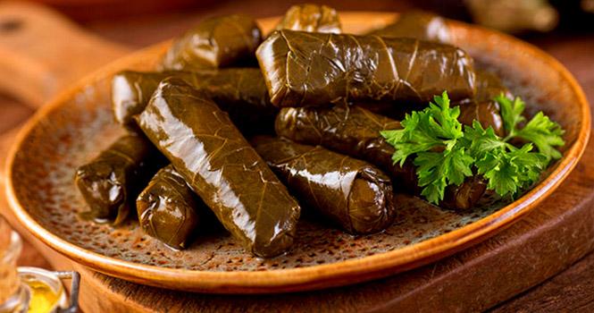 آشنایی با محبوبترین و بهترین غذاهای سنتی ترکی در تور وان ترکیه {hendevaneh.com}{سایتهندوانه} - sarma - آشنایی با محبوبترین و بهترین غذاهای سنتی ترکی در تور وان ترکیه