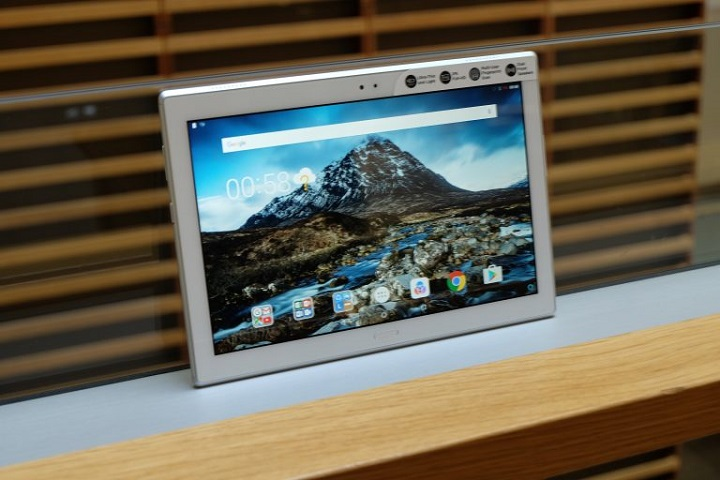 4. لنوو تب 4 10 پلاس (Lenovo Tab 4 10 Plus): بهترین تبلت همه کاره