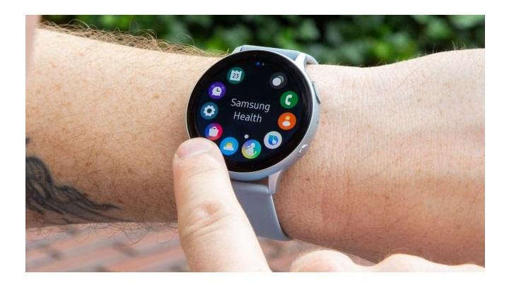 گلکسی واچ اکتیو 2 (Samsung Galaxy Watch Active 2): مجهز به یک حاشیه چرخان دیجیتالی