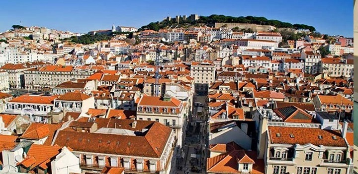 بسیاری از نقاط روستایی و شهری پرتغال از چنین معماری برخوردار است