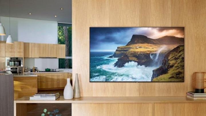 سامسونگ Q70R QLED TV 2019: یک تلویزیون میان رده قدرتمند با بیشتر ویژگیهای یک تلویزیون پرچمدار