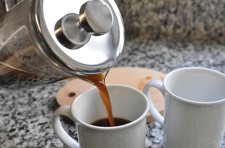 طرز تهیه قهوه با فرنچ پرس دست ساز
