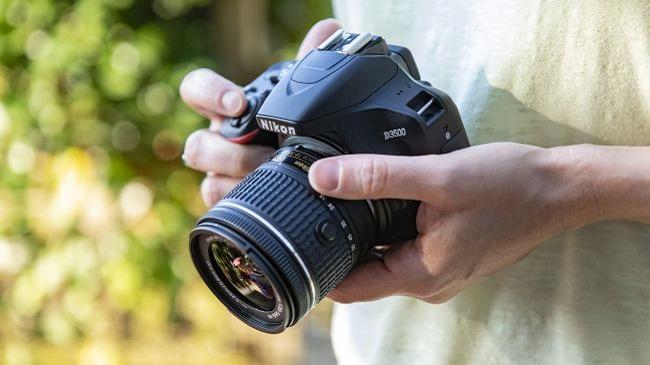 نیکون دی 3500: یک دوربین عالی برای ورود به دنیای عکاسی
