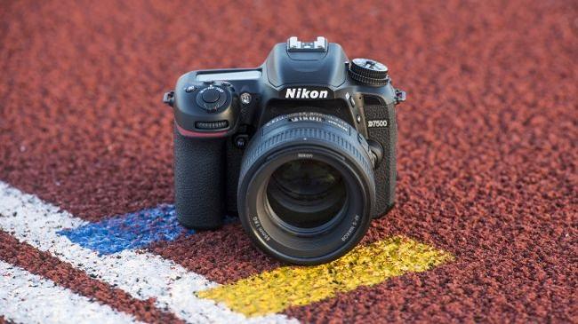نیکون دی 7500: دوربینی با ویژگیهای زیاد و قیمت ارزان
