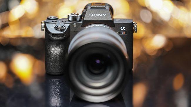 سونی آلفا اِی 7 آر 4: یک دوربین کارآمد با رزولوشن بسیار بالا