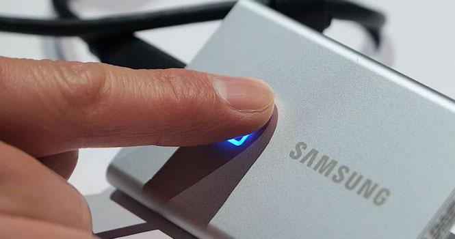 هارد دیسک SSD T7 Touch سامسونگ ؛ مدل اکسترنال جدید با حسگر اثر انگشت