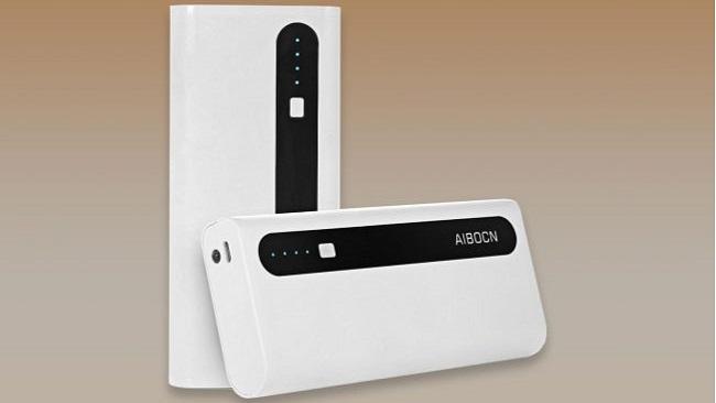 آیبوکن 10000 میلی آمپر ساعتی پاور بانک پرتبل چارجر مجهز به چراغ قوه: بهترین شارژر همراه اقتصادی
