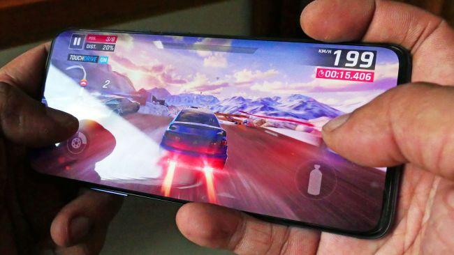 وان پلاس 7 پرو: یک گوشی گیمینگ قدرتمند با قیمت اقتصادی
