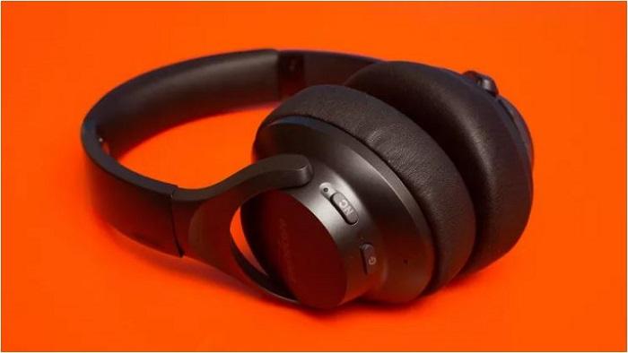 بهترین هدفون بی سیم کاهنده نویز اقتصادی جهان: انکر ساوند کور لایو کیو 20 (Anker Soundcore Life Q20)