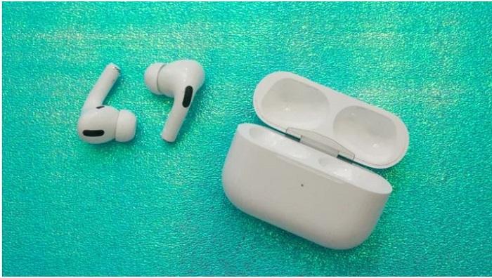 برترین هدفون وایرلس کاهنده نویز واقعی جهان: اپل ایرپاد پرو (Apple AirPods Pro)