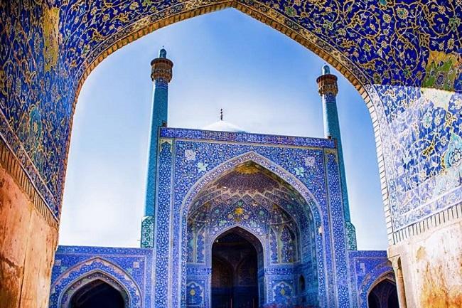 مسجد شاه اصفهان واقع در میدان نقش جهان