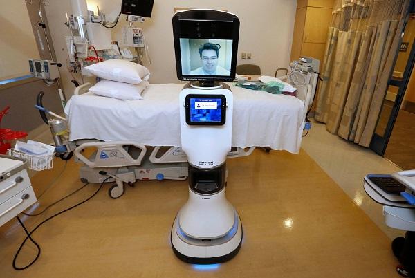 ربات دکتر