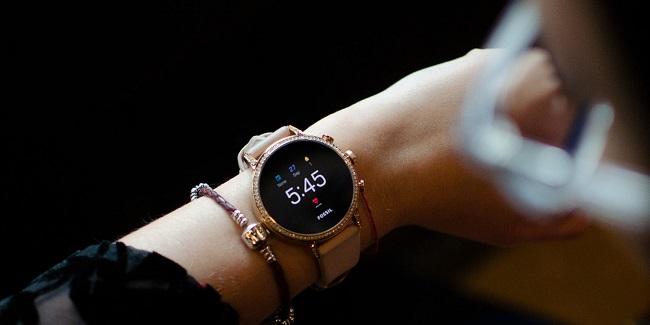 ساعت هوشمند ونچر اچ آر