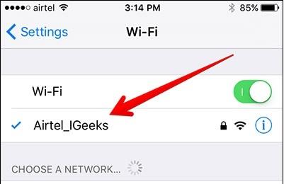 استفاده از گزینه Forget this network برایرفع مشکل روشن شدن خودکار وای فای در آیفون