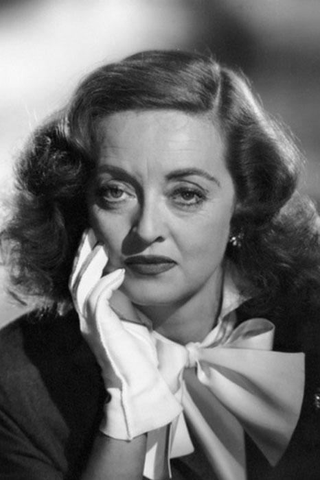 ۷. بتی دیویس (Bette Davis)
