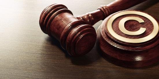 دلیل 3: نقض حق کپی رایت