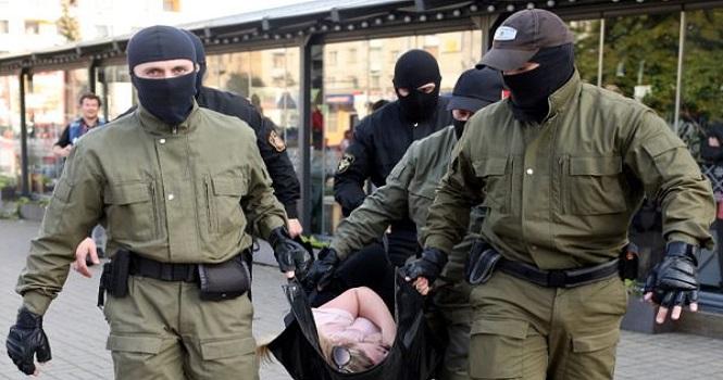 جنگ هکرهای ناشناس علیه پلیس یک کشور جنجالی شد!