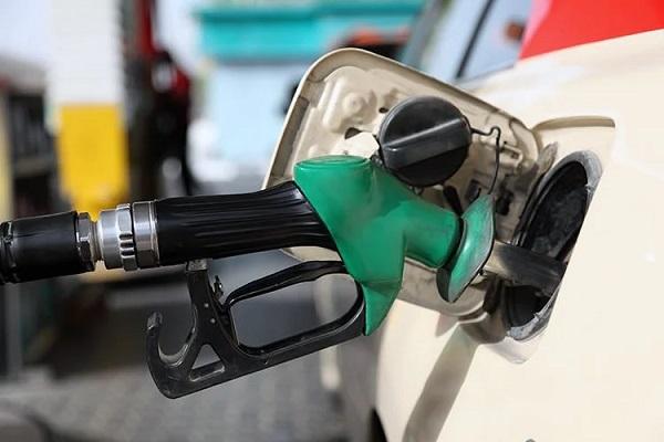 آیا مجلس درصدد افزایش قیمت بنزین است ؟