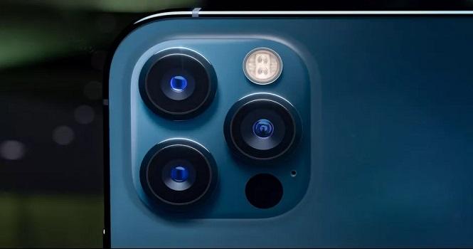 نظر فیلمبردار برنده اسکار در مورد دوربین آیفون 12