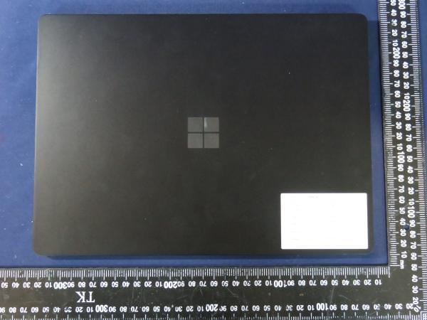 سرفیس پرو 8 و سرفیس لپ تاپ 4