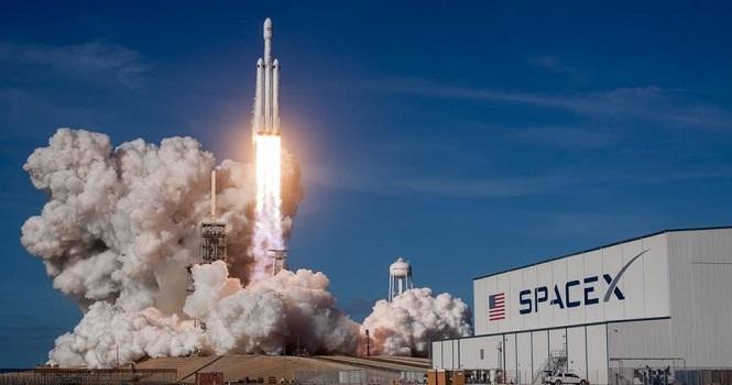اسپیس ایکس به دنبال مجوز ارائه اینترنت ماهواره ای