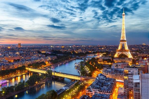 پاریس : فرانسه
