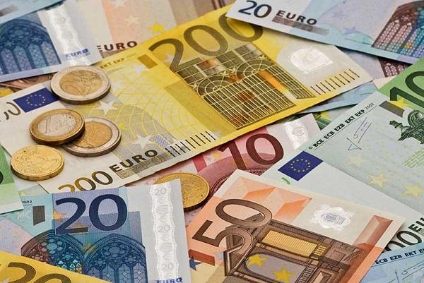 پیش بینی قیمت یورو در سال 1400