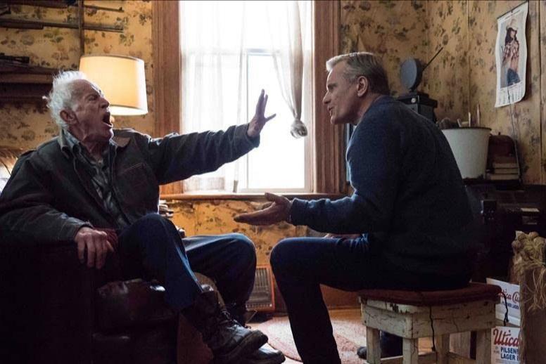 نقد فیلم سقوط Falling ؛ بررسی یک سقوط دراماتیک ؛ اولین ساخته ی ویگو مورتنسن