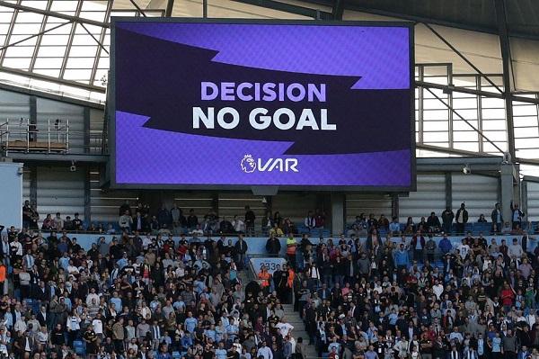 تکنولوژی VRA چیست ؟ هر آنچه باید از پدیده مدرن فوتبال بدانیم!
