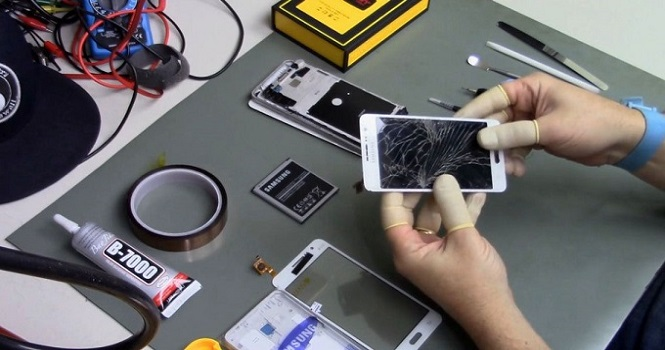 تاچ ال سی دی موبایل را از امداد موبایل بخرید