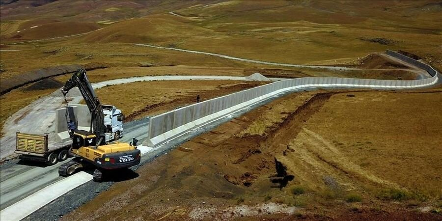 ساخت دیوار در مرز ایران و ترکیه ؛ ماجرا چیست و کاربران چه می گویند؟