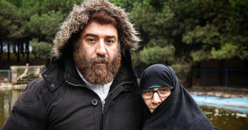 شکایت مادر علی انصاریان ؛ ماجرا چیست و کاربران چه می گویند؟