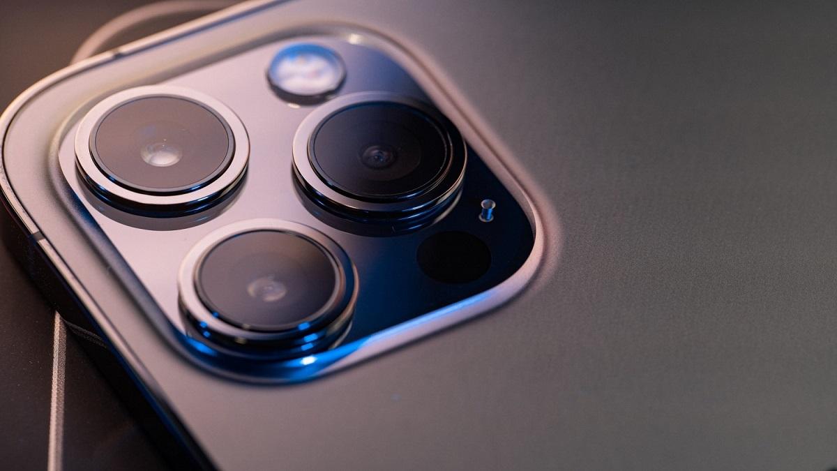 تلاش اپل برای رفع مشکل ظرفیت باتری آیفون