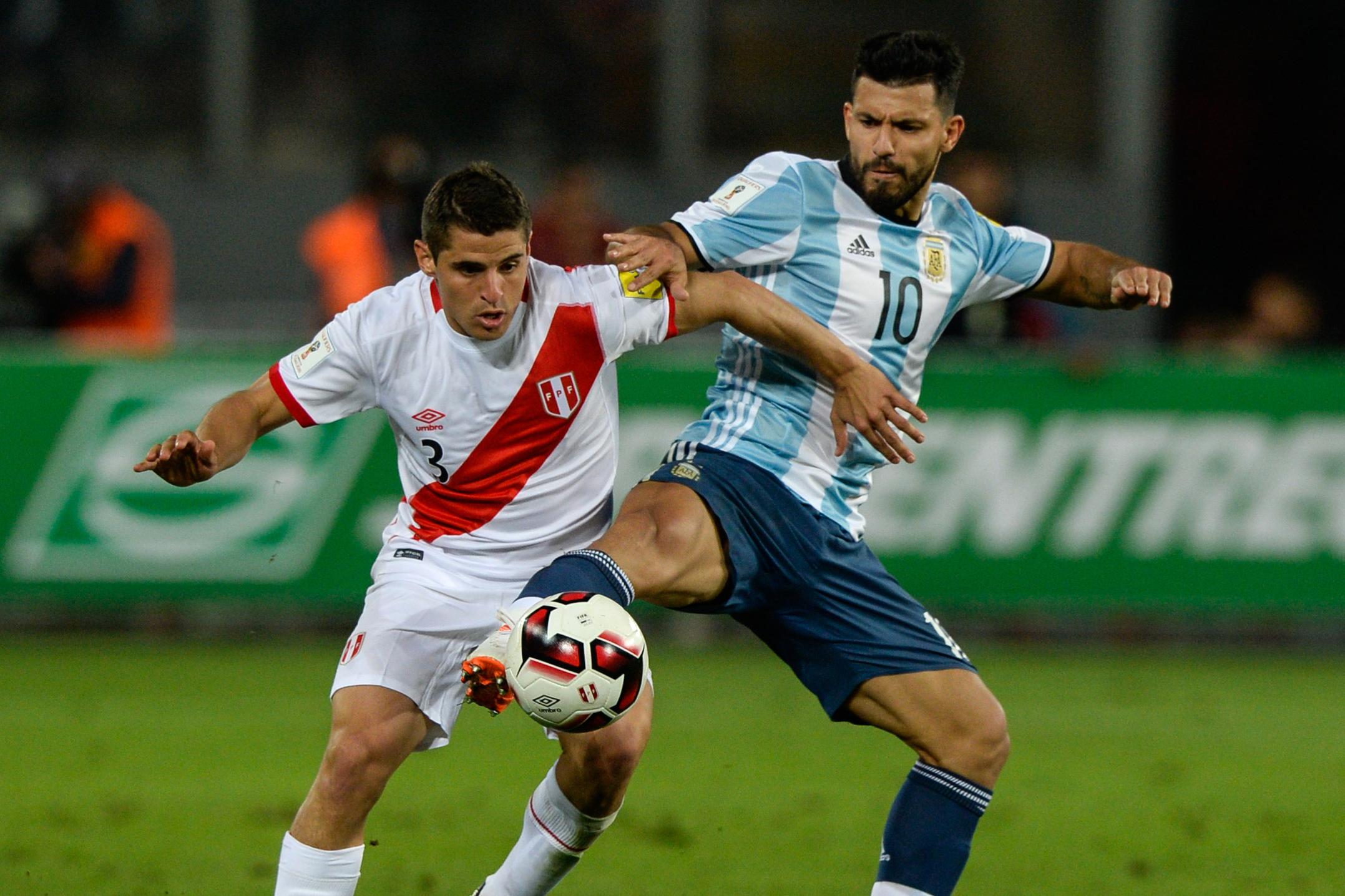پخش زنده بازی آرژانتین پرو 23 مهر 1400